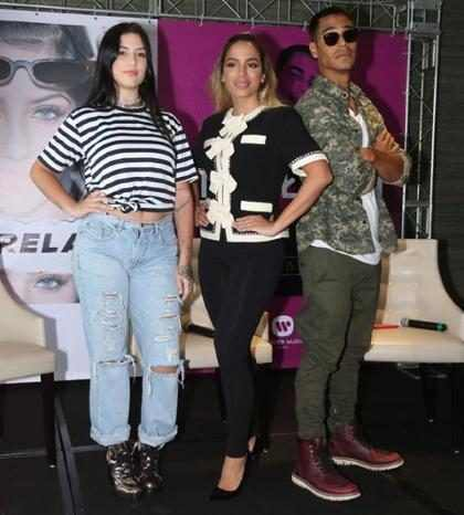 Anitta estreia como empresária e lança clipe de Clau e Micael