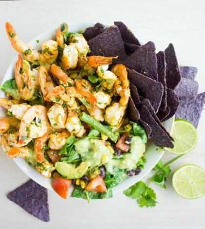 5 deliciosas ensaladas de solo 500 calorías cada una (+ Fotos)
