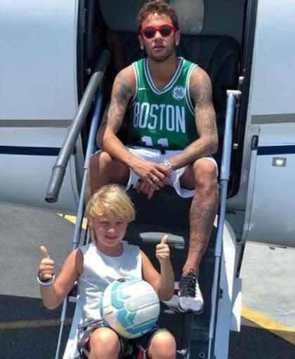 Davi Lucca, filho de Neymar, corta cabelo e se compara ao pai