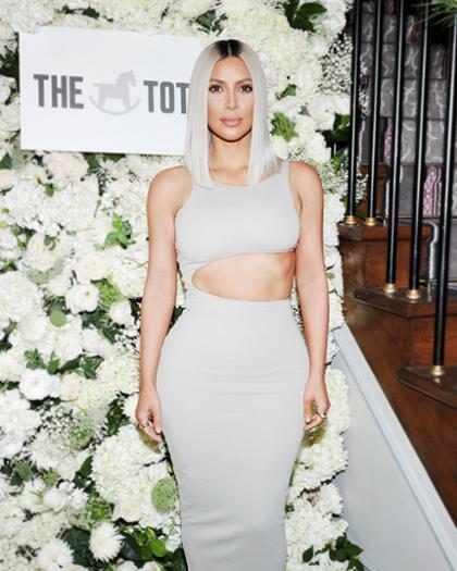 Kim Kardashian está lista para un nuevo cambio de look y esto lo demuestra