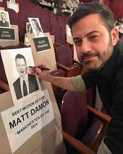Así fue como Jimmy Kimmel destruyó a Matt Damon en los Oscars (+ Video)