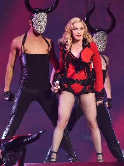 Con <em>Rebel Heart</em>, Madonna se reconfirma como la reina de las controversias (Fotos + Video)