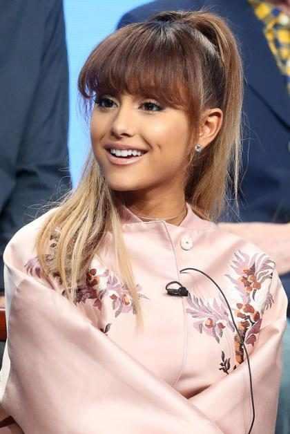 Ariana Grande les da una buena noticia a sus fans en medio de la tragedia