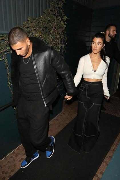 Kourtney Kardashian y Younes Bendjima llegando a la fiesta de Kendall Jenner