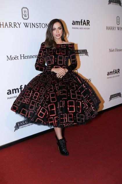 Vestido de Anitta no amfAR Gala São Paulo vira meme na internet