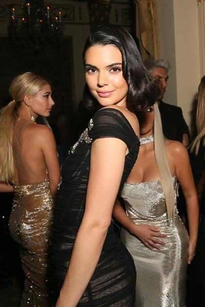 Kendall Jenner tiene una gemela… ¡Y es su prima hermana! ¡Mírala!