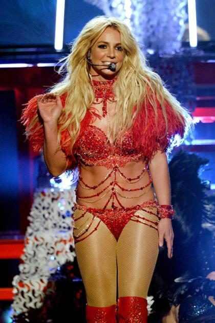 Britney Spears nos enseña cómo quema calorías ¡Nos encanta! (+ Video)