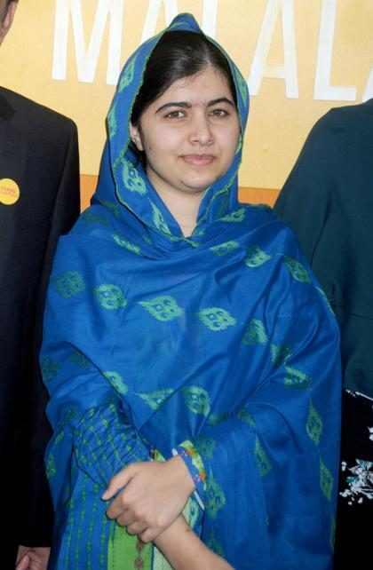 Malala Yousafzai causa revuelo al vestir como nunca antes se había visto
