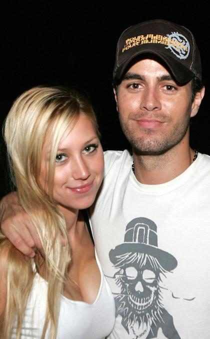 Enrique Iglesias: 'Mi novia me pega si no llego pronto a casa'
