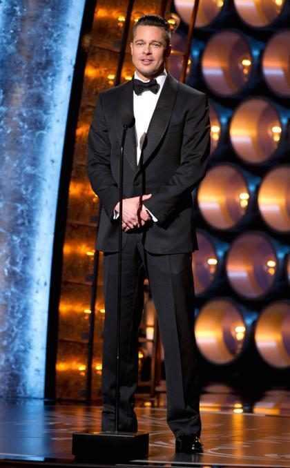 Brad Pitt ganha seu primeiro Oscar