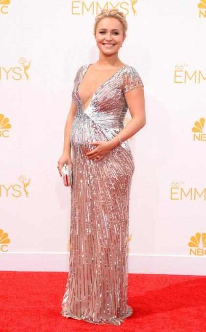 ¡Hayden Panettiere nos reveló el sexo de su bebé en la #AlfombraRojaE! de los Emmy! (+ Fotos)