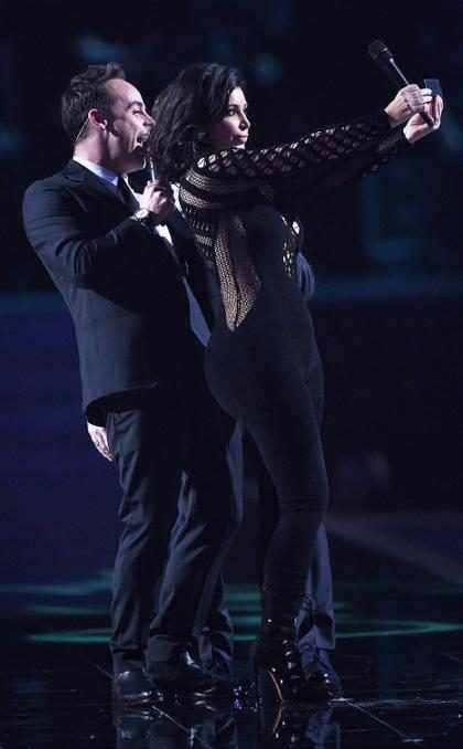 Kim Kardashian se queda sin selfie en los premios Brit (+ Foto)