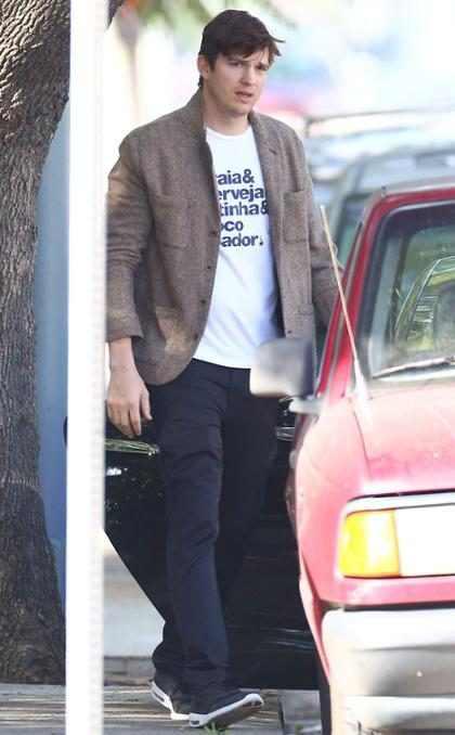 Mila Kunis y Ashton Kutcher llevaron a su bebita a conocer a los abuelos (+ Fotos)