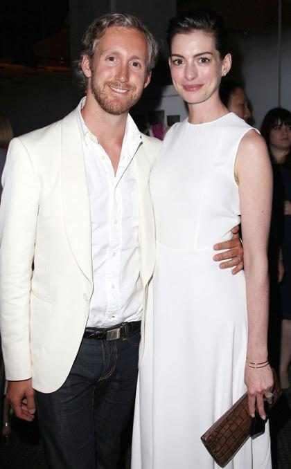 Anne Hathaway está grávida do primeiro filho com Adam Shulman