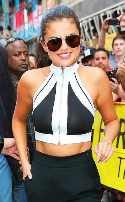 Selena Gomez se convirtió en una atrevida rapera por un día (+ Video)