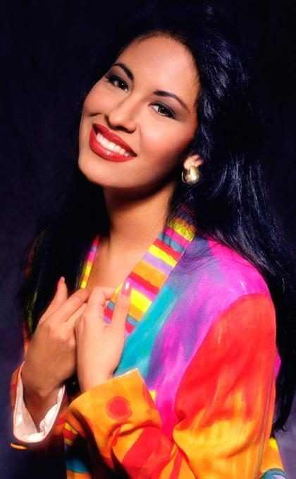 ¡Todo lo que sabemos sobre la serie inspirada en Selena Quintanilla!