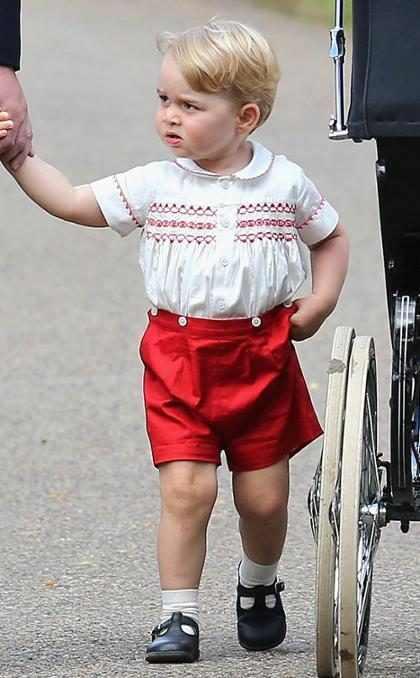 Foto de Príncipe George é divulgada para comemorar seu aniversário