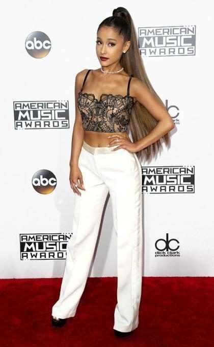 Explosión en concierto de Ariana Grande deja al menos 19 fallecidos y más de 50 heridos