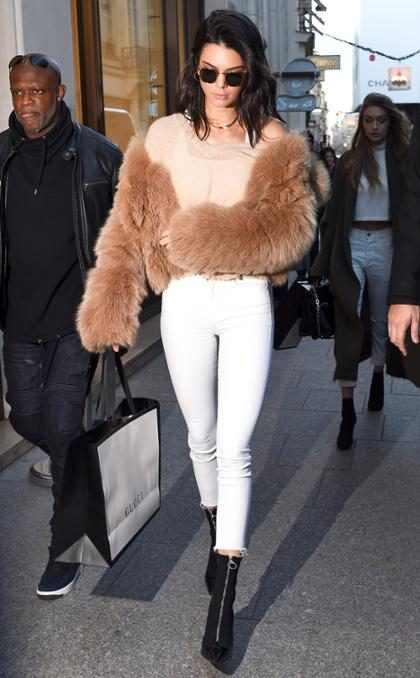Kendall Jenner contó cómo es que el clan Kardashian-Jenner afronta el complicado estado de salud de Kanye West (+ Foto)