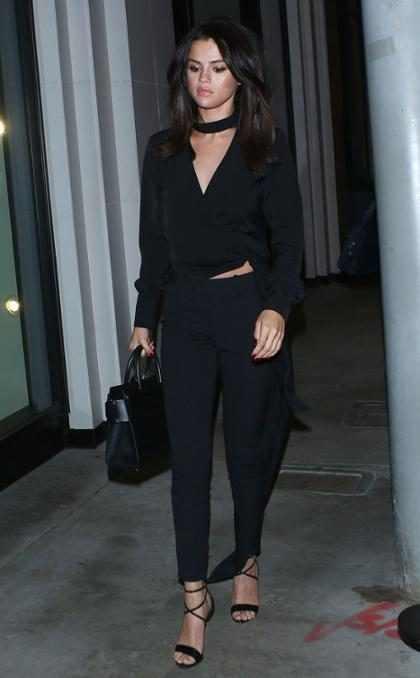 Selena Gomez salió de compras en pijamas y se vio completamente divina ¡Mírala! (+ Foto)