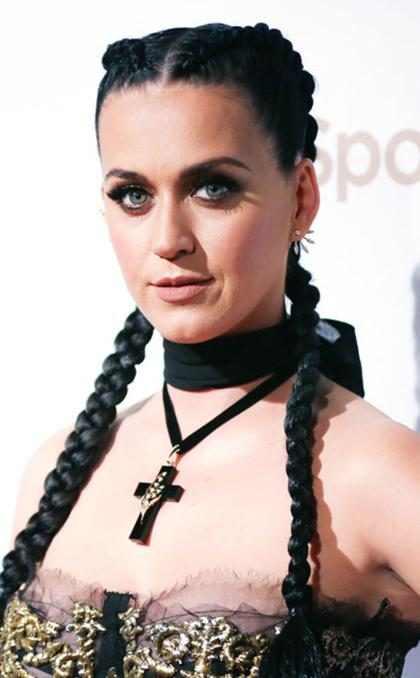 Katy Perry estrenó un nuevo look y no sabemos cómo sentirnos al respecto ¡Mírala! (+ Fotos)