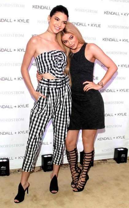 OMG! Mira c&oacute;mo Kylie Jenner le roba el protagonismo a Kendall Jenner en su propio <em>September Issue</em> (+ Fotos)