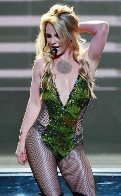 Britney Spears, más desnuda y más sensual en su show de Las Vegas (Fotos + videos)