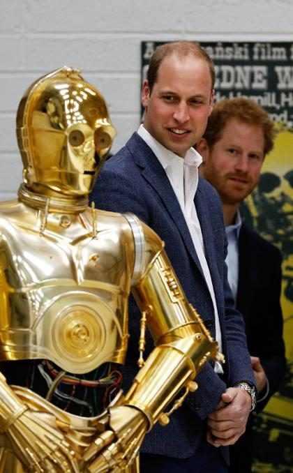 &iexcl;Momento! Los Pr&iacute;ncipes Harry y William aparecer&aacute;n en <i>Star Wars: The Last Jedi</i>