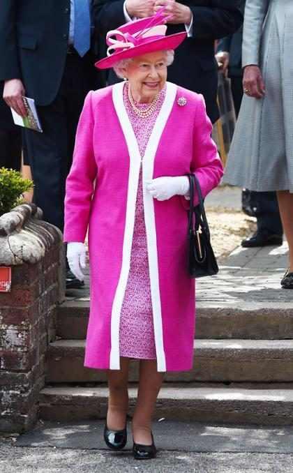 Rainha Elizabeth II agradece mensagens de aniversário pelo Twitter