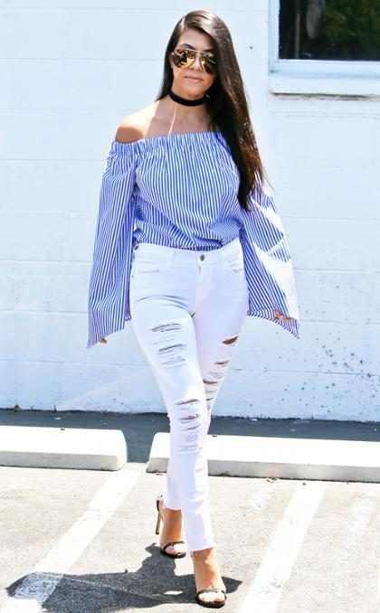 Kourtney Kardashian se despoja de su ropa para mostrar su increíble figura (+ Fotos)