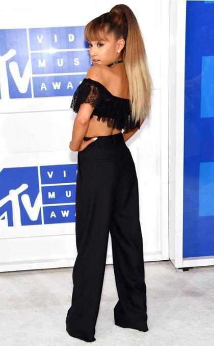 Ariana Grande vivió un momento muy incómodo en los MTV VMAs gracias a su pasado (+ Video)