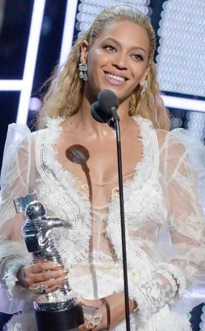 Y con esta acción, Beyoncé minimizó a Madonna, Lady Gaga, Angelina Jolie y Jennifer Lopez (+ Fotos)