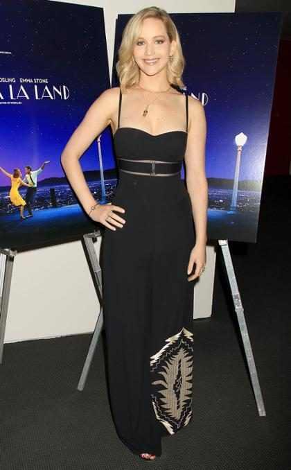 Y así es como queda comprobado que Jennifer Lawrence dejó de darle risa al mundo (+ Video)