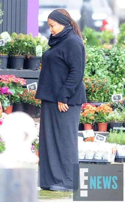 Janet Jackson muestra su embarazo