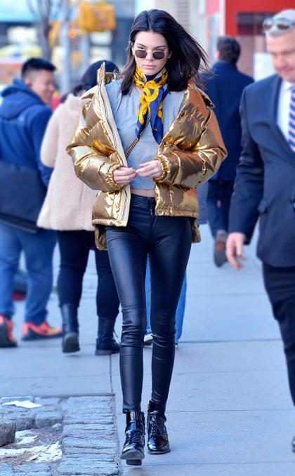 Kendall Jenner desafía el frío de las calles de Nueva York con su look urbano