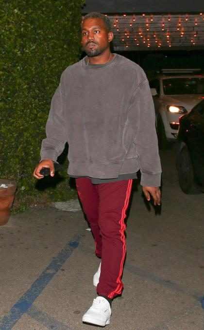 Kanye West disfrutando de la vida nocturna de Los Ángeles