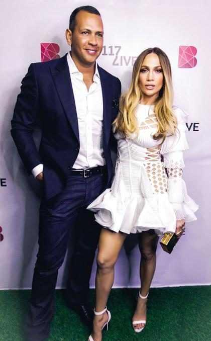 Jennifer Lopez y Álex Rodríguez conquistan Dubái
