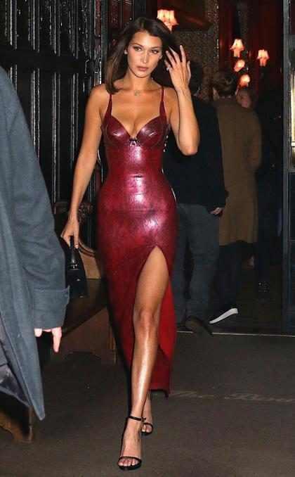 Incluso en una protesta callejera Bella Hadid es la mejor vestida ¡Aquí están las pruebas!