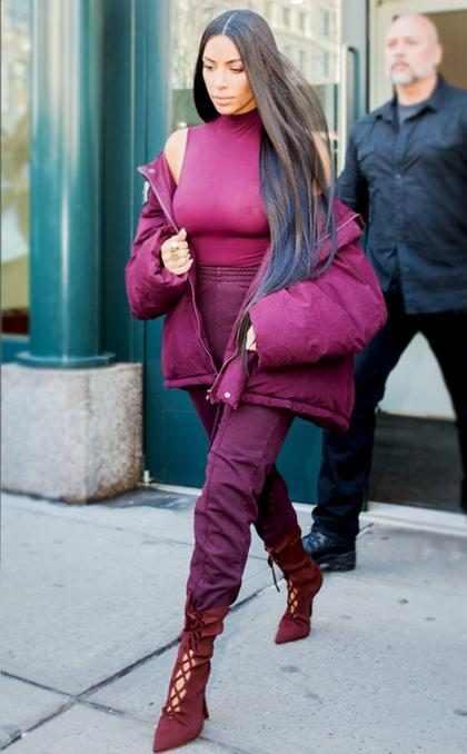 ¡Cuánto dolor! Kim Kardashian se sometió a otro impresionante tratamiento de belleza (+ Video)
