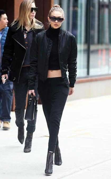¡Alerta Hot! Gigi Hadid se quita la ropa y posa topless para LOVE Magazine ¡Mírala! (+ Foto)