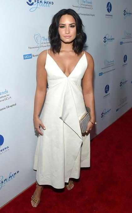 Los pechos de Demi Lovato causan furor en Instagram y cuando los veas entenderás por qué