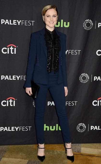 Evan Rachel Wood finalmente vai receber mesmo pagamento que elenco masculino de Westworld