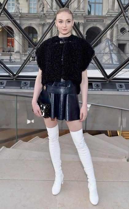 De Princesa a Reina: ADN Fashionista Sophie Turner