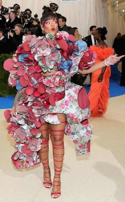 Rihanna castiga a las estrellas que no siguieron la temática de la Gala del MET 2017