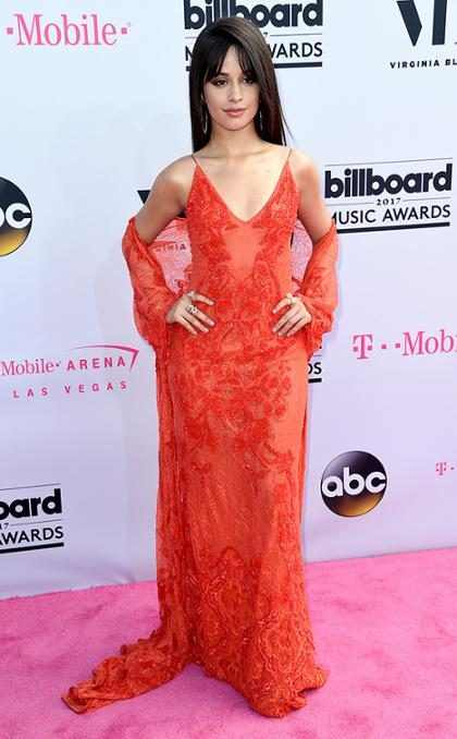 Os famosos no tapete vermelho do Billboard Music Awards 2017