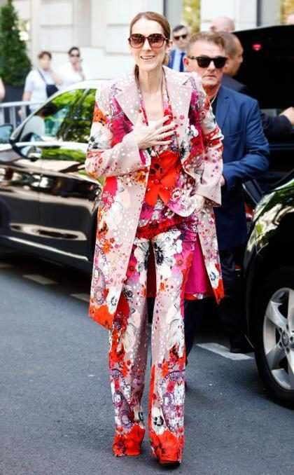 Celine Dion y su fabuloso outfit de primavera en París