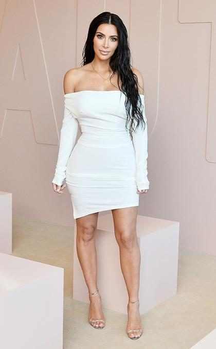 Kim Kardashian lo cuenta todo sobre su matrimonio, sus nuevas rutinas de ejercicio y su vida después de París