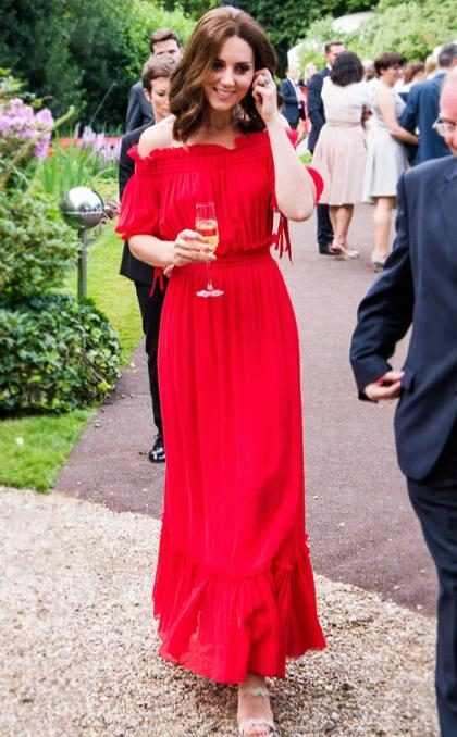 Kate Middleton durante el Queen's Birthday Garden Party en la embajada británica, en Alemania