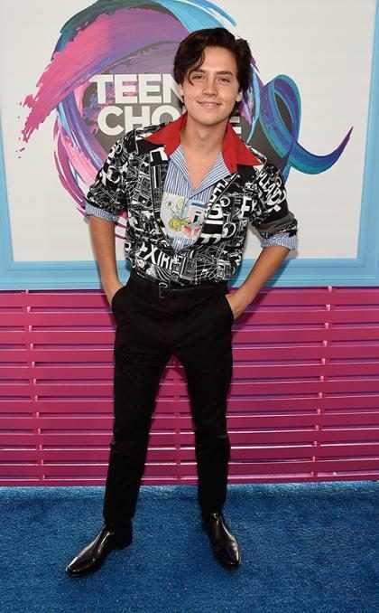 Cole Sprouse não vai cantar no episódio musical de Riverdale