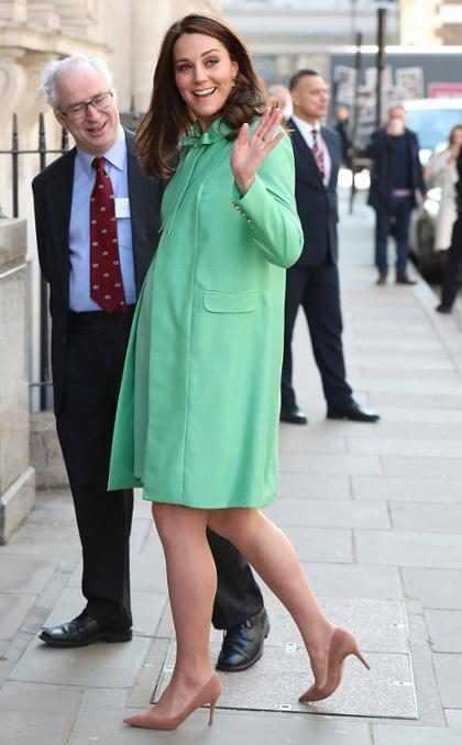 ¡Kate Middleton ha entrado en labor de parto de su bebé No. 3!